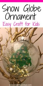 Easy Christmas craft for kids, make this snowglobe ornament for the holidays #christmas #holidaycrafts #ornaments