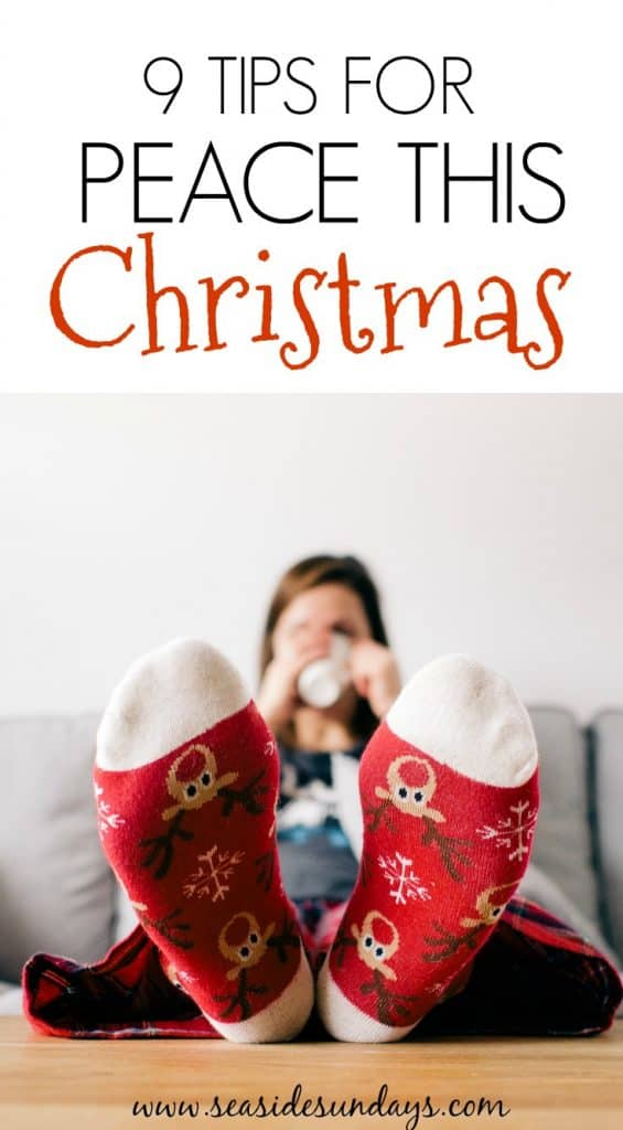 Make the #Holidays less stressful with these tips and tricks for a fun festive season. Get organized this Christmas and have fun!