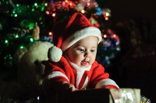 Baby's first christmas - ideas to make your baby's first holiday special!
