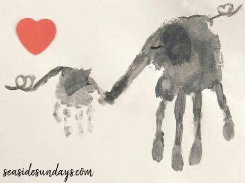 Elephant handprint craft for preschooler