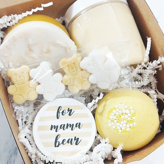 gift ideas for a mom-to-be